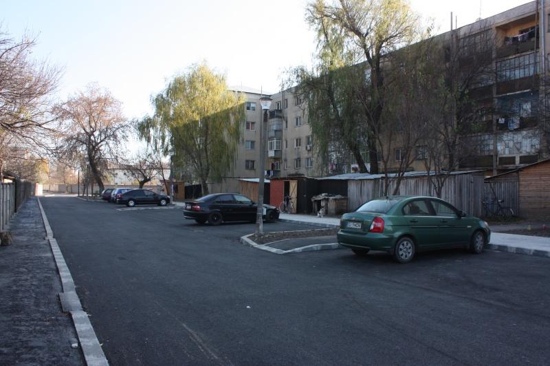 blocuri-bailesti-asfaltare